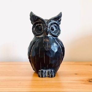 Vintage 70s black carved wood owl hire figure